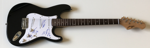 Elbow Signed Electric Guitar – £299