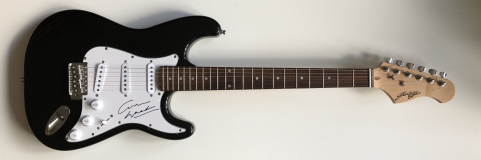 Graham Nash Signed Electric Guitar – £249